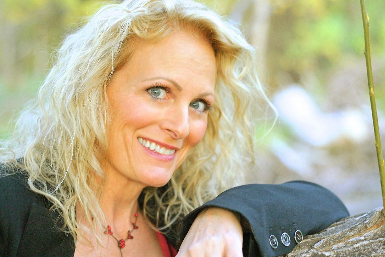 Donna Valentine Photos